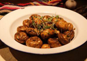 Schlemmer Knoblauch-Champignons aus dem Ofen