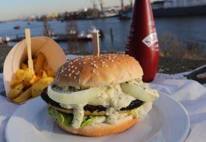 Vischburger mit Chips