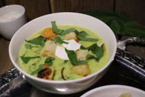 Bärlauch-Kartoffel-Cremesuppe mit Croutons
