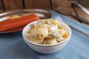 Kartoffelsalat mit Würstchen - vegan
