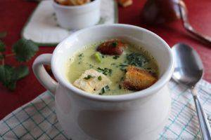 Brokkoli-Curry-Cremesuppe - in 20 Minuten auf dem Tisch
