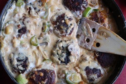 Bouletten in schlonziger Pilzrahmsoße