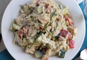 Griechischer Kritharaki-Salat