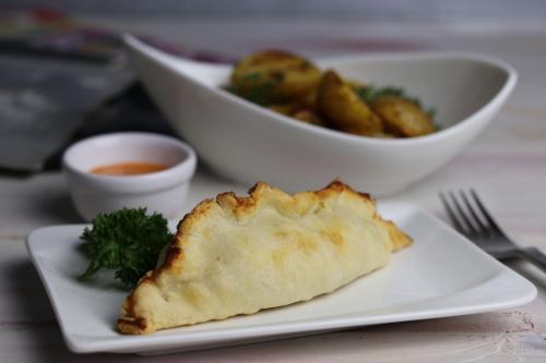 Vegane Cornish Pasties mit Salt and Vinegar Ofenkartoffeln
