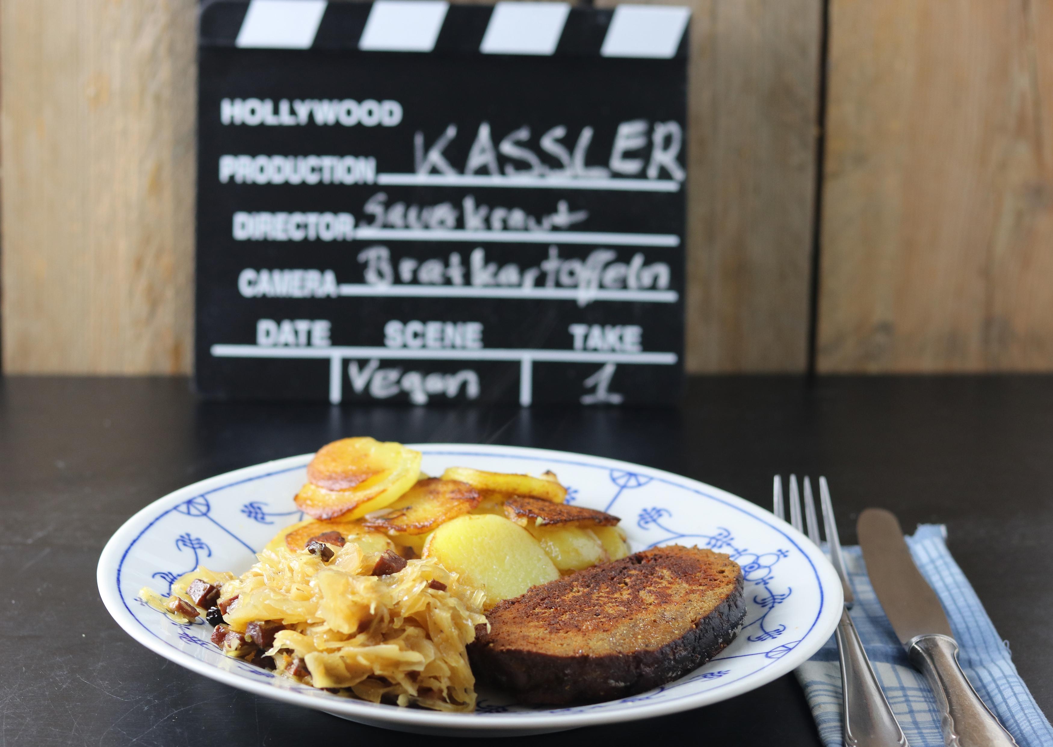 Kassler, Sauerkraut, Bratkartoffeln
