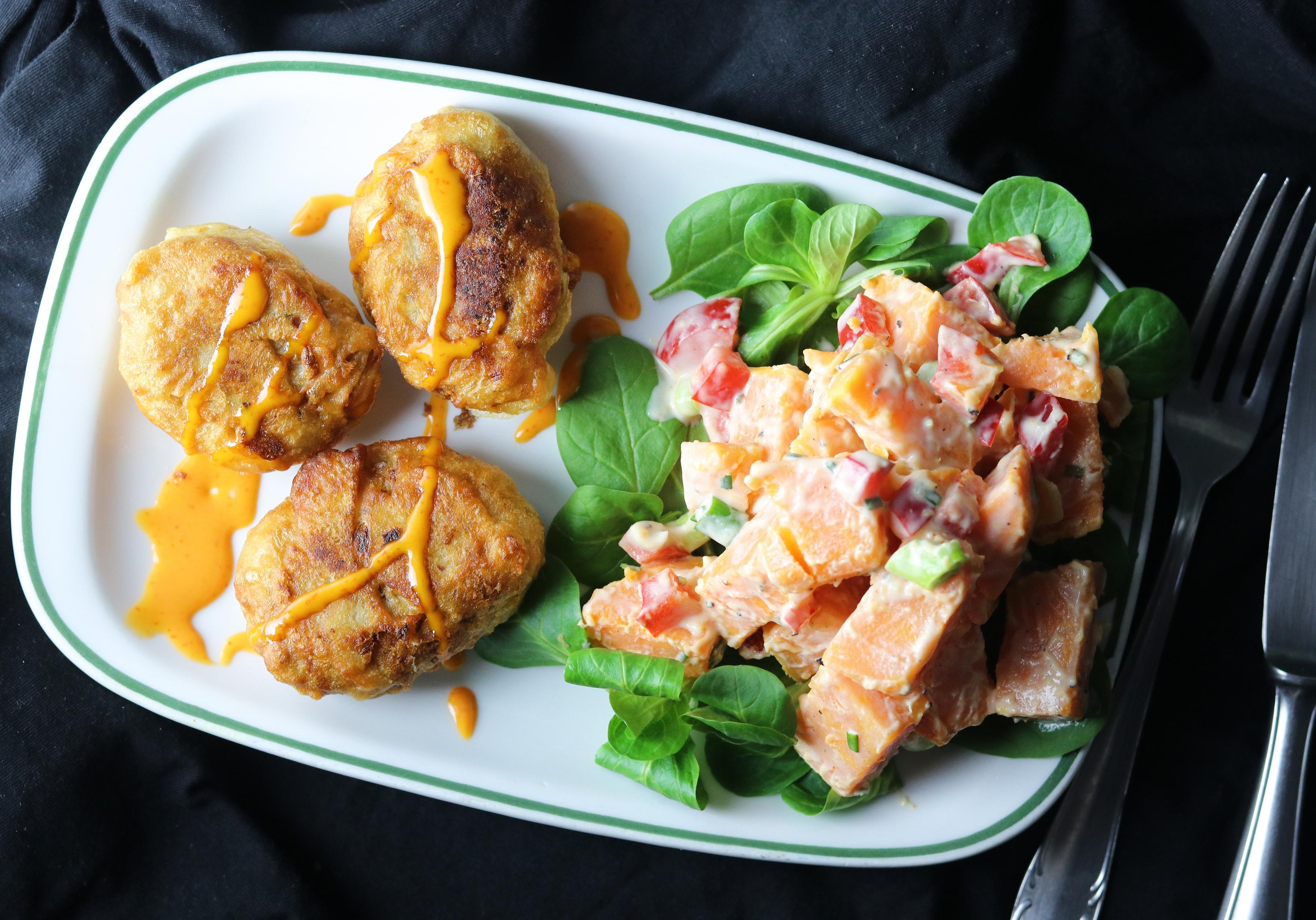 Chicken Nuggets mit Süßkartoffelsalat