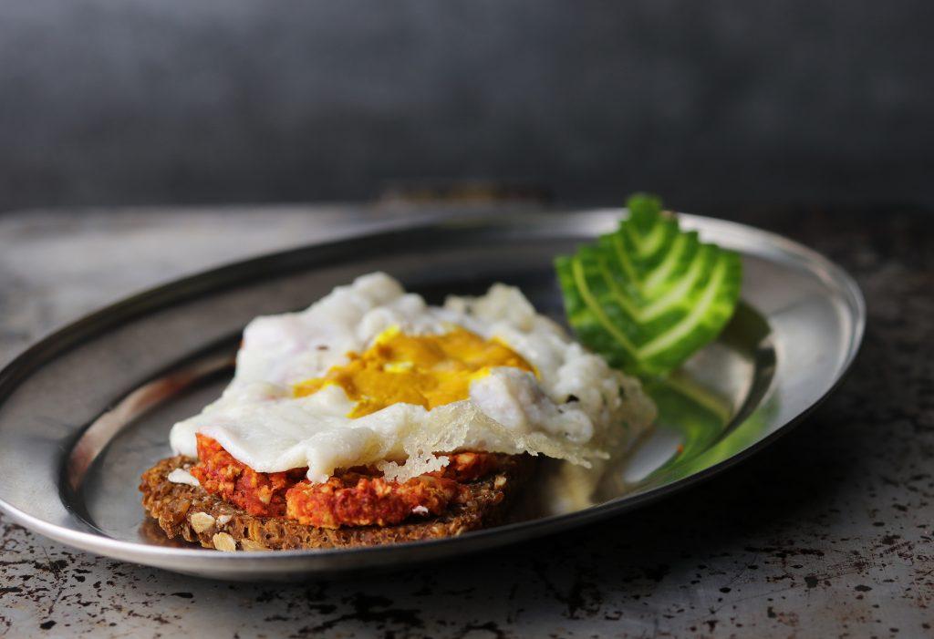 Spiegelei auf mettbrot veganes rezept daily vegan for Spiegel 09 2018