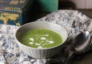 Spinat-Erbsen-Cremesuppe