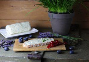 Lavendel-Kräuterbutter