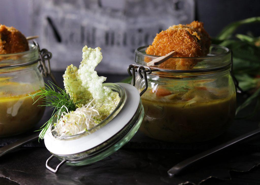 Lauch-Erdnuss-Suppe