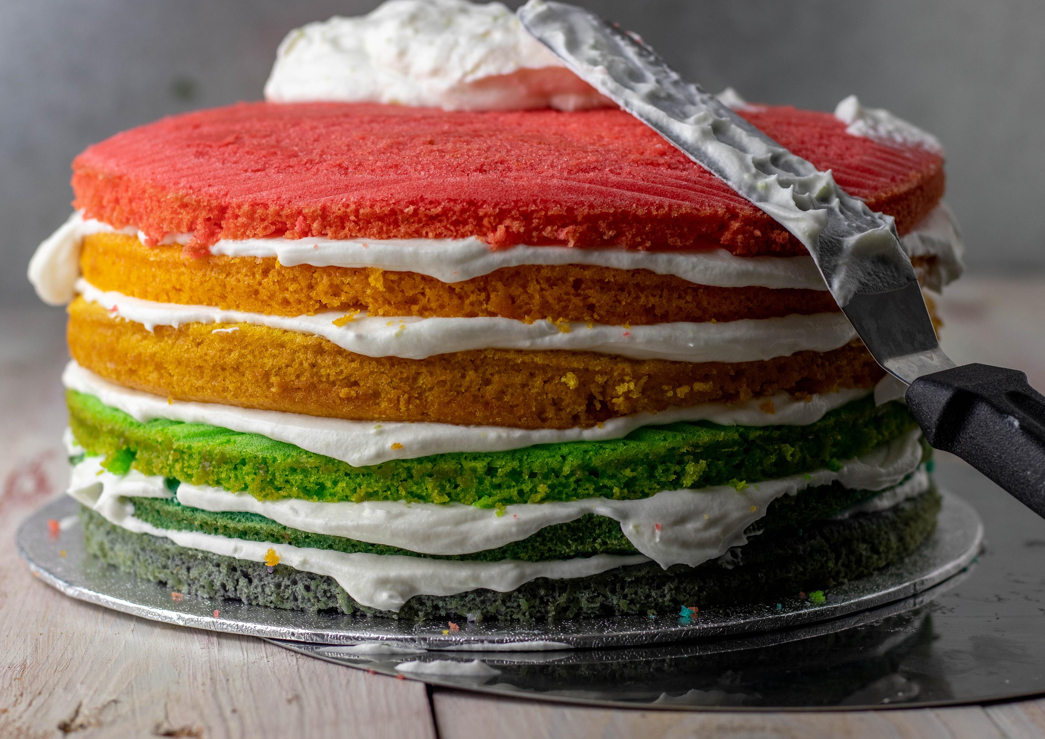 Perfekt für Regenbogenkuchen