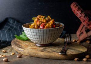 Lauwarmer Wachtelbohnensalat - sättigend lecker