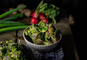 Nussiges, grünes Pesto