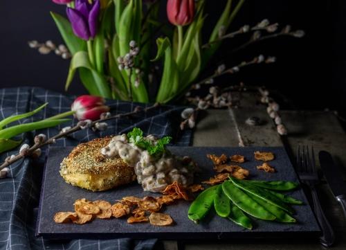 Kohlrübenschnitzel mit Kürbiskernpanade
