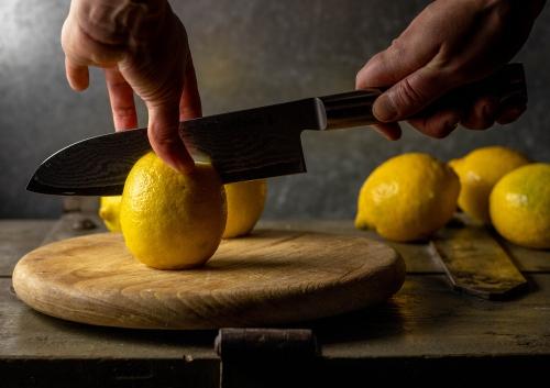 Zubereiten der Zitronen
