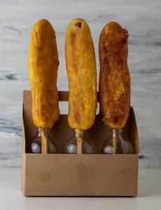 Corn Dogs, frisch frittiert