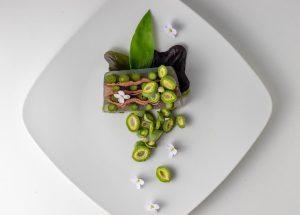 Spargel in Aspik mit grünen Mandeln