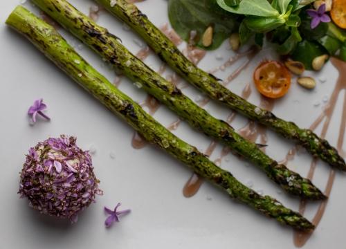 Veganes Kräuterfrischkäsebällchen
