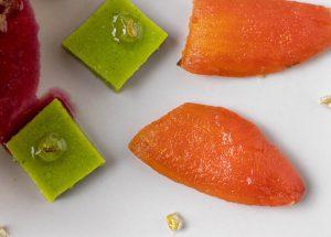 Fein strukturierter Tomatenthunfisch