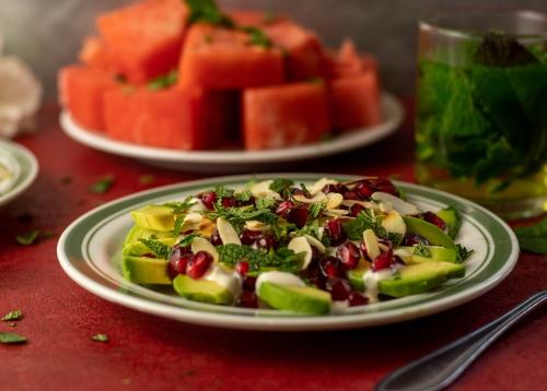 Israelischer Avocadosalat