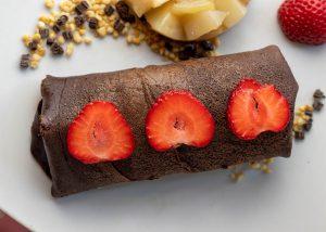 Gefüllt mit Erdbeer-Basilikum-Eis