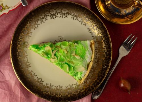 Stachelbeer-Baiser-Kuchen mit Vanillepudding