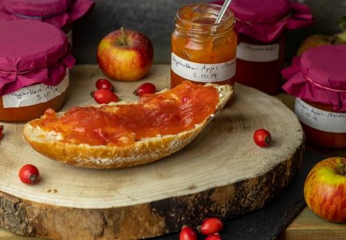 Hagebutten-Apfel-Marmelade