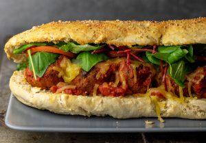 Mit selbstgebackenem Subway Brot