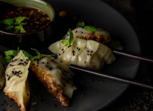 Flinke und einfache Potsticker mit Asiadip