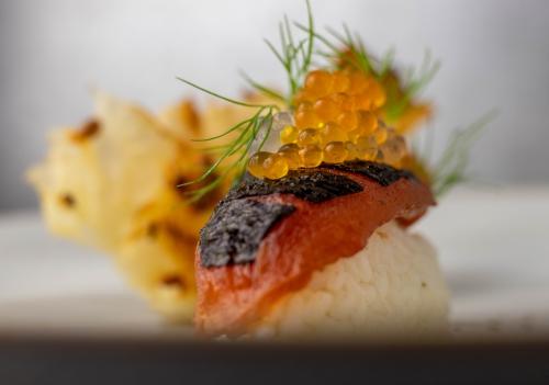 Glänzende, aromatische Kaviarperlen