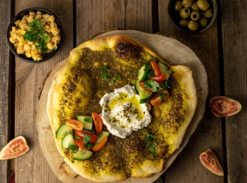 Levante Küche: veganer Labneh mit Balila und Man'ousheh