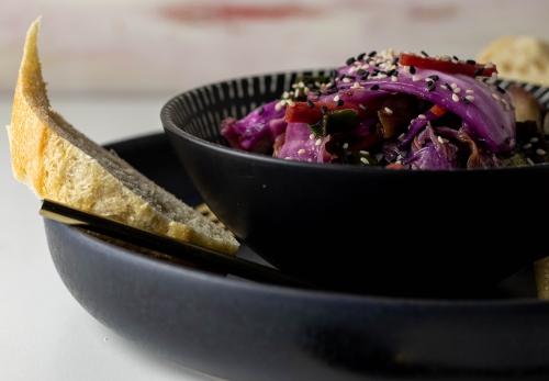 Kimchi, mit Chinakohl und Rotkohl
