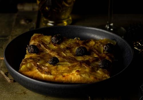 Mit veganen Anchovies aus Aubergine