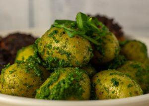 Frisches, aromatisches Pesto