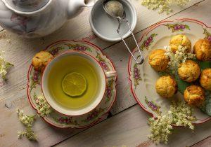 Holunderblütentee - selbst geerntet und getrocknet