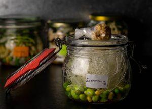 Donnerstag: mit knusprigem Erdnusstopping