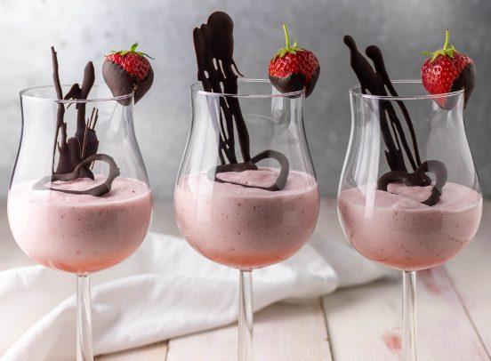 Erdbeermousse - fruchtig, cremig, luftig und vegan