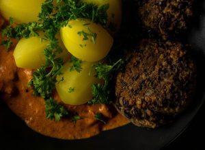 Würzige vegane Bouletten aus Schwarzen Bohnen