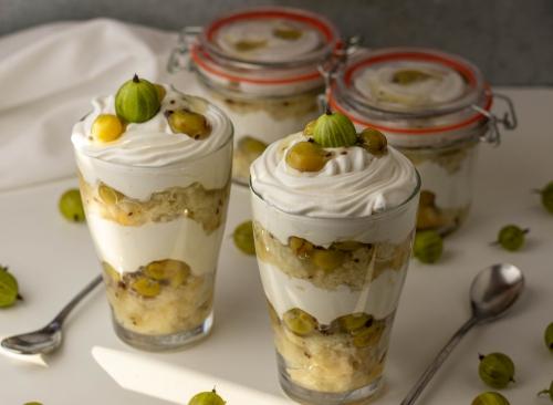 Trifle, angelehnt an englische Gooseberry Fools