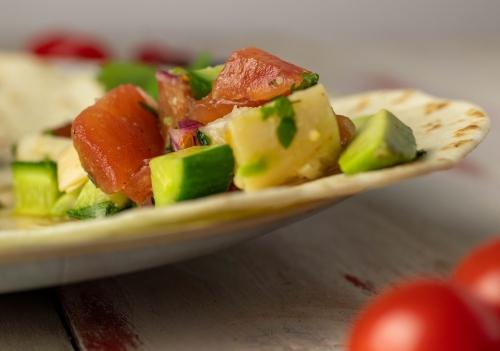 Mit zartem, veganen Fischfiletfleisch