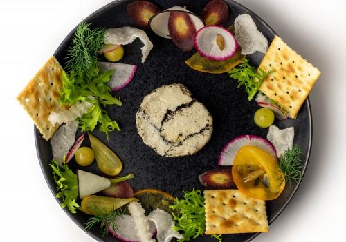 Frischkäse mit Lauchasche und Thymian, vegan auf Cashewbasis