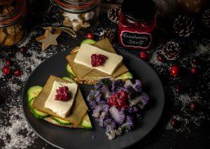 Cranberrysenf ist kinderleicht eingekocht und lange haltbar