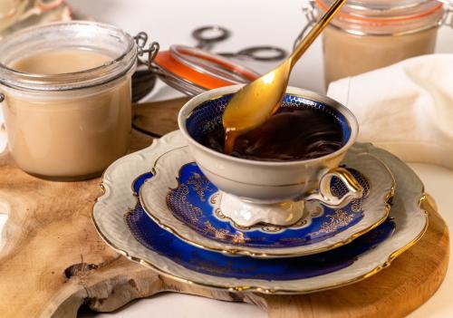 Kaffee mit leckerer Büchsenmilch