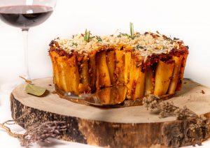 Mit schmackhafter, veganer Bolognesesauce