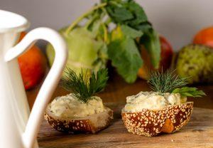 Rein pflanzlicher Eiersalat - schmeckt wie das Original