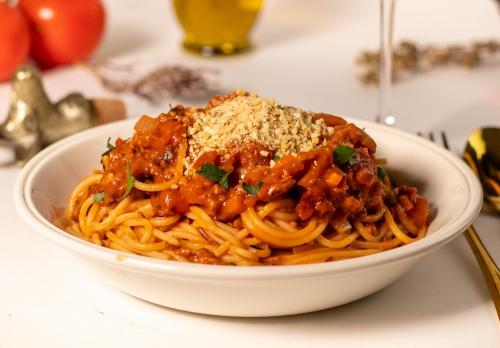 Spaghetti Bolognese – lässt sich ganz einfach rein pflanzlich kochen