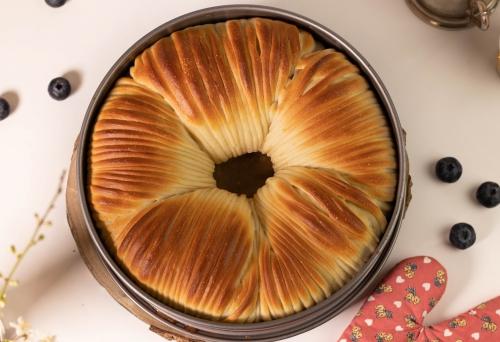 Süßes Wollknäuelbrot: frisch aus dem Ofen