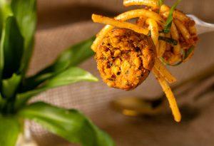 Safige, feste vegane Boulettchen aus Soja und Seitan
