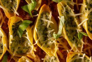 Der veganen Ricotta in der Ricotta-Spinat-Füllung ist selbstgemacht