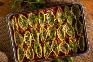 Köstliche Muschelnudeln mit cremiger Ricotta-Spinat-Füllung